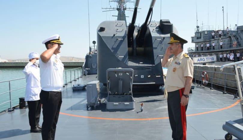 Zakir Həsənov dənizçilərimizin hazırlığını yoxladı