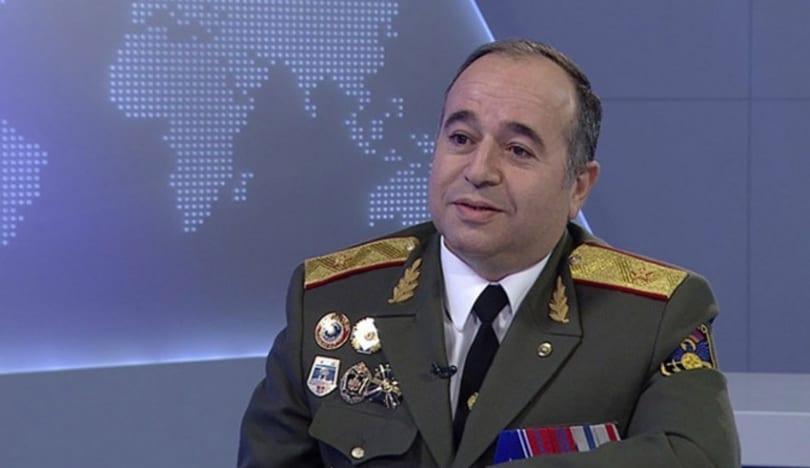 Ermənistanın müdafiə naziri yenə Rusiyaya gedib