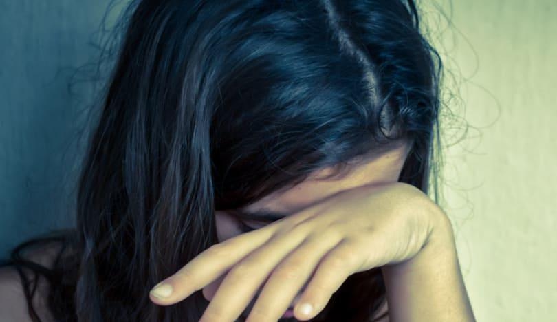 Bakıda 24 yaşlı qızı qonşusu zorladı
