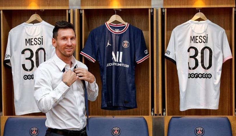 PSJ bir saat ərzində Messinin 250 min formasını satıb
