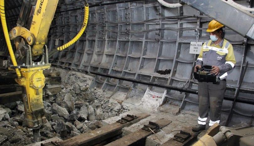 Bakı metrosunun tunellərində dəmir-beton bloklar ağac şpalları əvəz edəcək