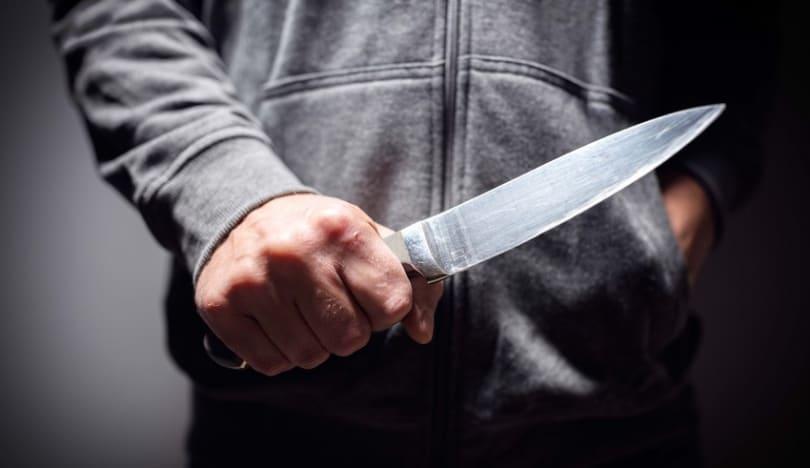 Masallıda əmisi arvadı ilə dava edən gənc bıçaqlandı