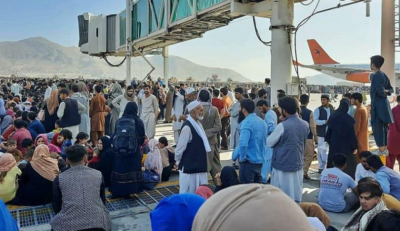Kabil aeroportunda 12 nəfər həyatını itirib