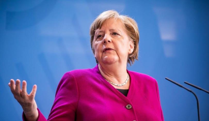 """Merkel: """"Rusiya ilə dialoqu müsbət qiymətləndiririk"""""""