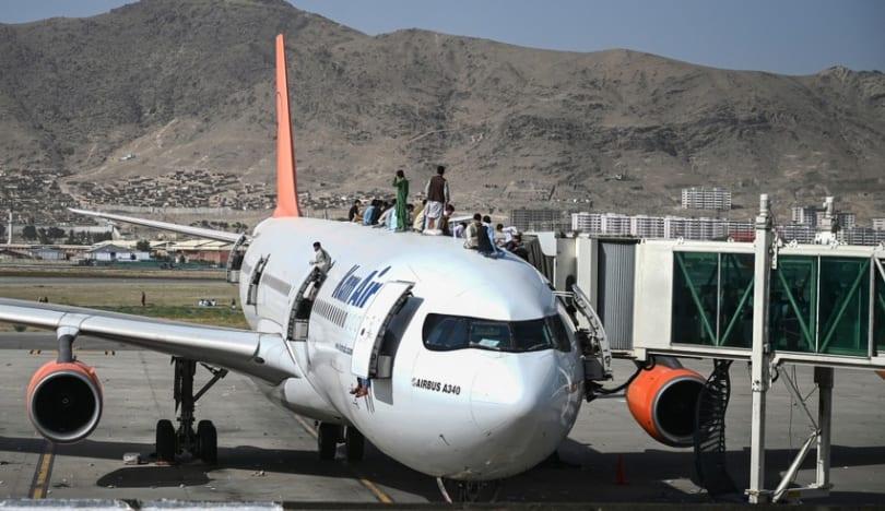 Kabil hava limanı 2 gün bağlı qalacaq