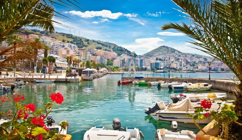 Albaniya xarici turistlərin ölkəyə giriş qaydalarına dəyişiklik edib