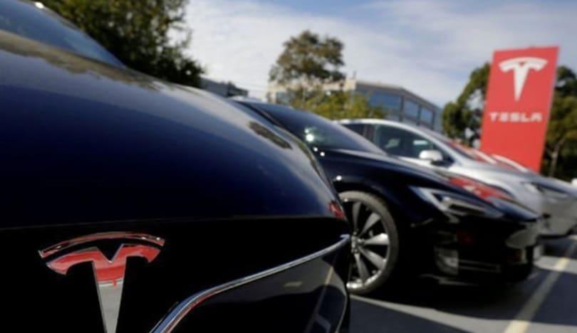 """""""Tesla"""" lazer şüşəsilən patentləşdirib"""