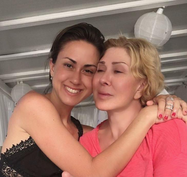 Дочь Любови Успенской обнажила ягодицы на новом фото