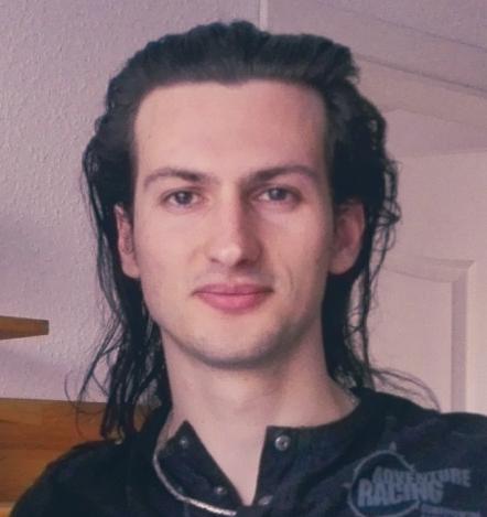 Artem Oppermann