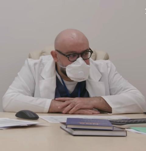 Главврач больницы в Коммунарке серьезно обеспокоен новым симптомом коронавируса