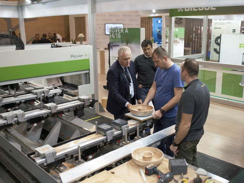 Photo gallery of the 57th International Fair of Machines, Tools and Manufactures in the Wood Industry