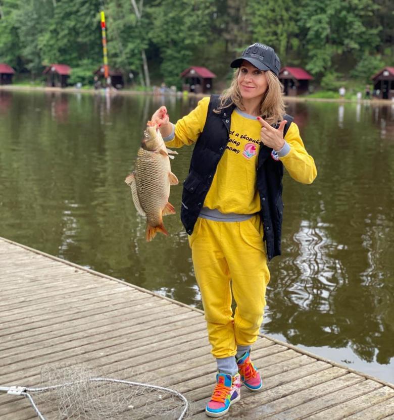 Полуголая Юлия Ковальчук сравнила рыбалку с сексом