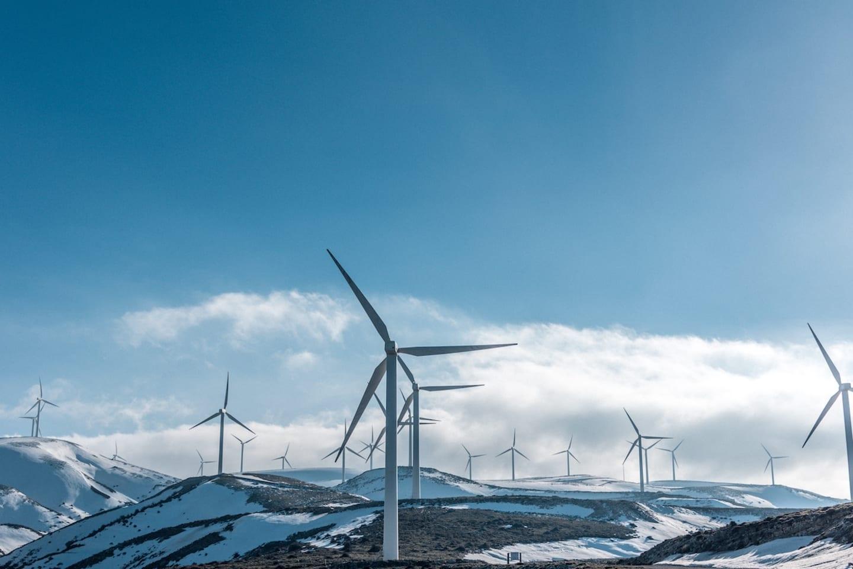 Digitalizing renewable energy