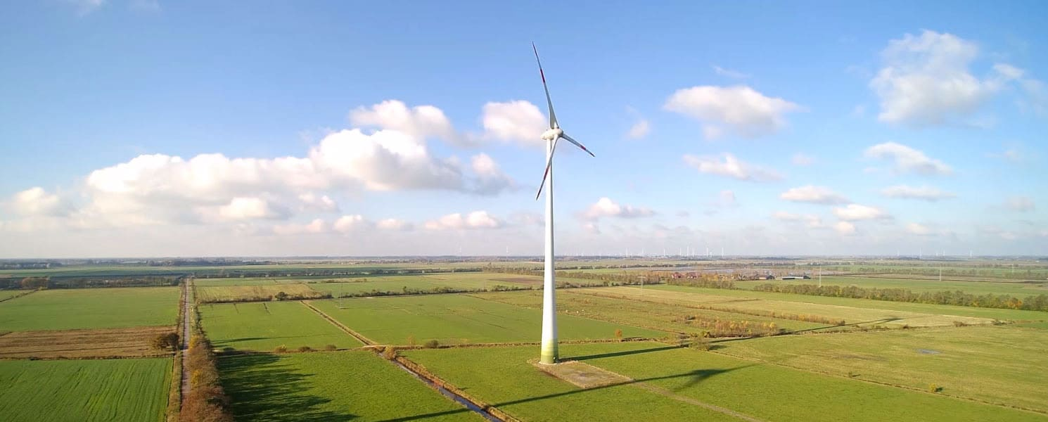 How to create predictive maintenance software for wind turbines using machine learning algorithms placeholder