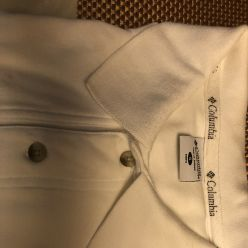 Camiseta-con cuello-image
