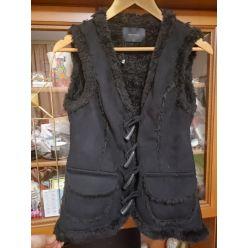Women's-waistcoat -image
