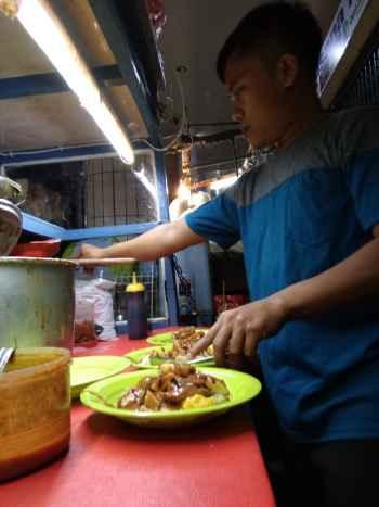Doclang 405 Legenda Kuliner Di Bogor Depok Pos