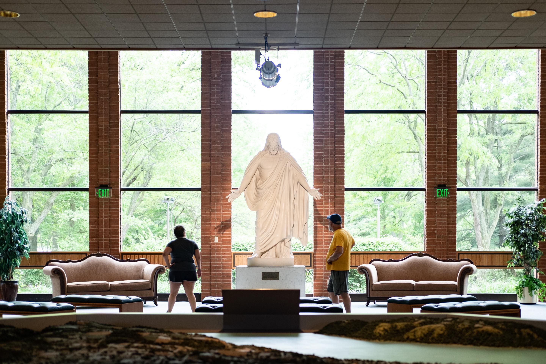 Christus at Nauvoo Visitors' Center, Nauvoo, IL 2019