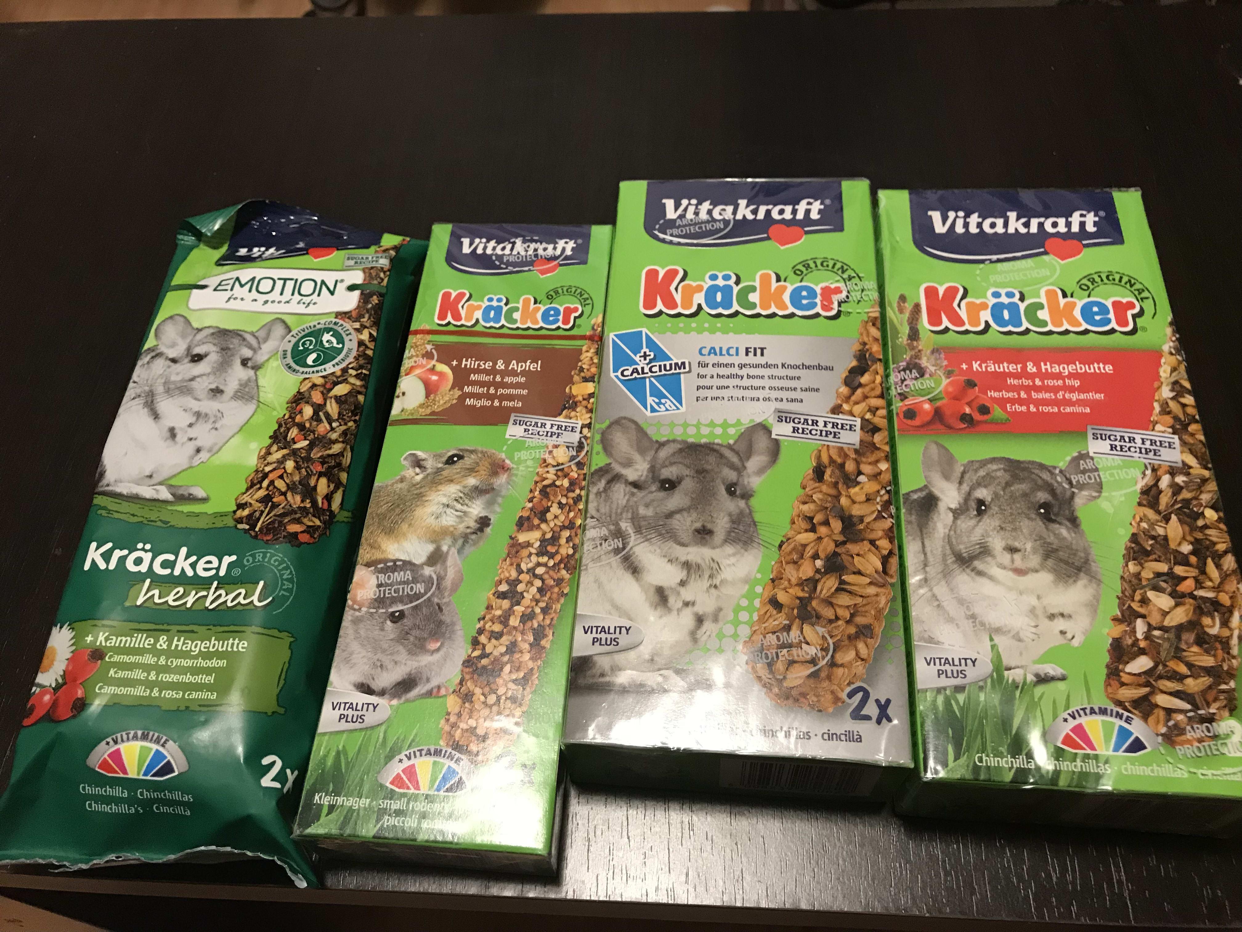 Picture 2 for Vitakraft Kracker Chinchilla Small Animal Food Calcifit