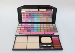TYA Fashion Make-Up Kit-1