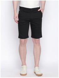 Giordano Men Black Slim Fit Chinos Shorts