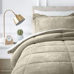 AmazonBasics Micromink Sherpa Comforter Set - Twin, Taupe - with Pillow Cover