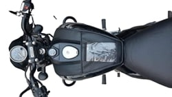 Sahara Seats Bajaj Avenger 150/160/180/220 Cruiser Waterproof and Scratch Proof Mobile Tank Cover Bag with Small Pockets (Black)