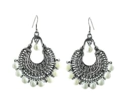 muccasacra New Arrival Silver Finish Chandbali With Pearl Earring