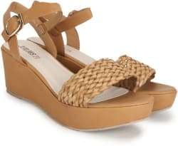 Jealous 21 Women Tan Wedges