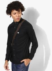 Black Solid Slim Fit Casual Shirt