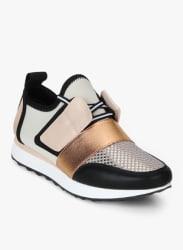 Artie Golden Casual Sneakers