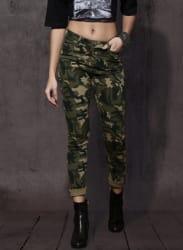 Olive Green & Black Slim Fit Printed Chinos
