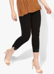 Black Solid Mid Rise Skinny Fit Capri
