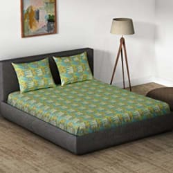 Core Designed by Spaces 104 TC Cotton Double Bedsheet with 2 Pillow Covers - Abstract, Green