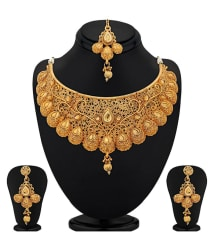 Sukkhi Traditional Gold Plated Kundan Choker Artificial Antique Necklace Set For Women