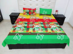 K Gallery Cotton Double Cartoon Bedsheet (Pack of 1, Green)