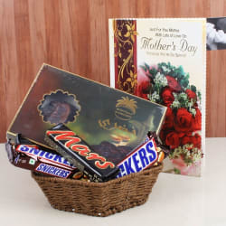 Giftacrossindia Imported Chocolates With Mothers Day Greeting Card (GAICORMOT2017104)