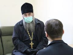 В Мурмашинской колонии священник провёл воспитательую беседу