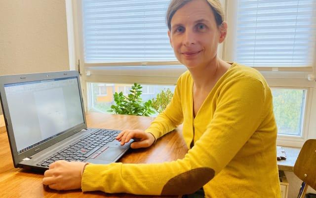 Helvetic-Care-Content-Chefin Maja Sommerhalder mag keine leeren Worddokumente.