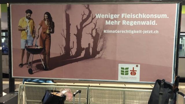 Die Plakatkampagne von Fastenopfer und Brot für alle. Bild (fi.)