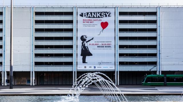 Ausstellung in Basel: 100 Banksy-Werke sind von März bis Mai in der Basler Messe zu betrachten.
