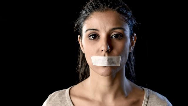 Bloss nichts mehr sagen: Wer nicht woke ist, schweigt lieber. Aus Angst. Foto: Shutterstock