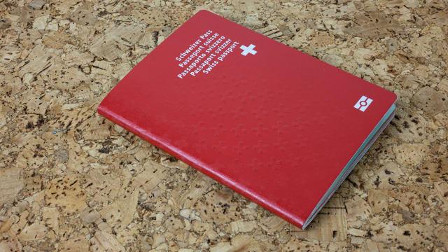Nicht mehr so beliebt wie früher: der Schweizer Pass Bild: Shutterstock