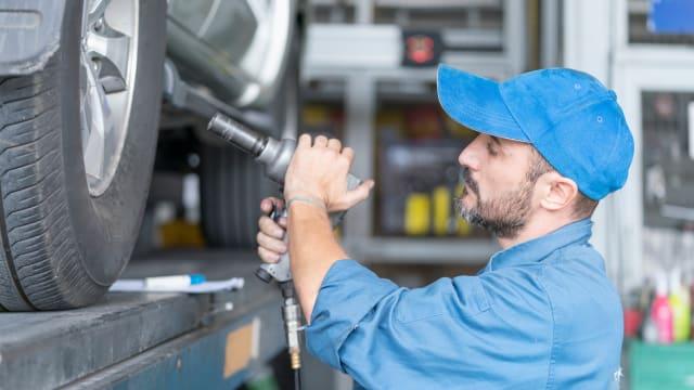 Ein teurer BMW der Regierung ist noch immer in der Werkstatt Bild: Shutterstock