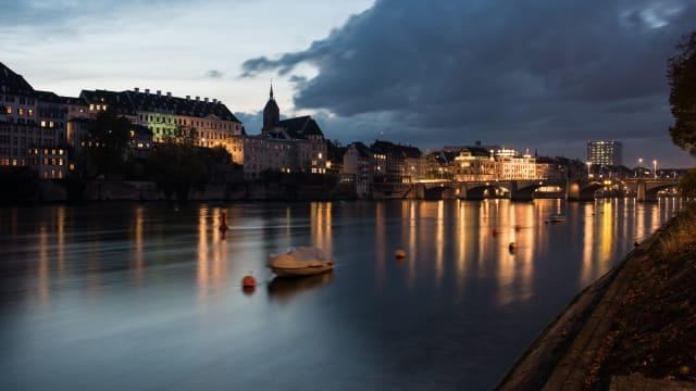 Es lebt sich schön im Elfenbeinturm zu Basel. Ist es wirklich egal, was andere denken? Foto: Shutterstock