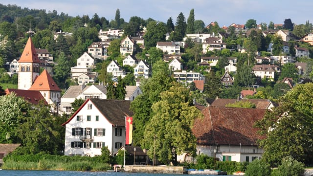 Küsnacht am Zürichsee. (Bild; Wikimedia/ Roland zh)