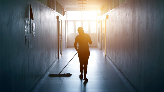 Frauen verdienen oft weniger als Männer, weil sie in Tieflohn-Berufen arbeiten. Foto: Shutterstock