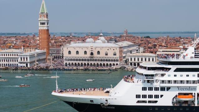 Venedig. Einst Stadt des Kapitalismus und des Wettbewerbs, ist sie heute die Stadt des Kartells. Heute treffen sich hier die Finanzminister der G-20, um den Steuerwettbewerb auszuschalten.