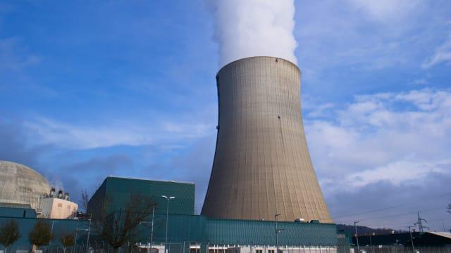 Die Schweiz verbietet in ihren Klimaabkommen anderen Ländern die Nutzung der Atomkraft. Bild: Shutterstock