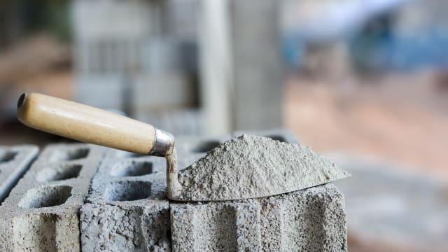 Zement wird auch in Zukunft ein wichtiger Baustoff bleiben. Bild: Shutterstock